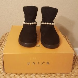 Unisa Black New 7m Pearls Rhinestones Faux Fur
